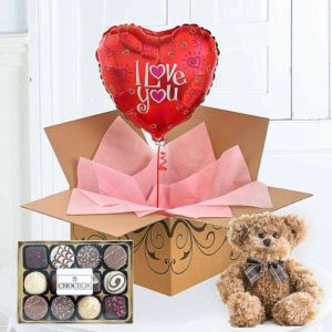 An Anniversary Or To Surprise Your Loved One With I Love You Flyingflowerscouk Helium Filled Balloons Delivered In A Box Range Is Fun Gift For
